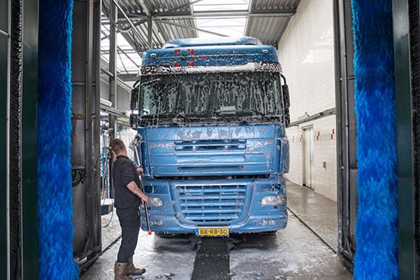 Bedrijvenpark Medel truckwash